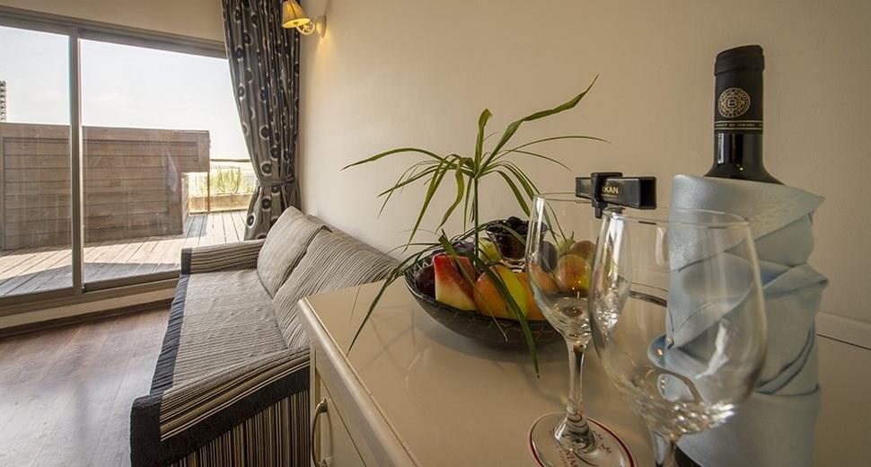 Palm Beach Hotel Akko | Royal Bedroom